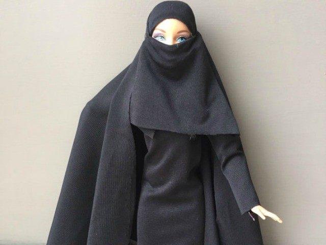 Hijab-Barbie-etsy-640x480