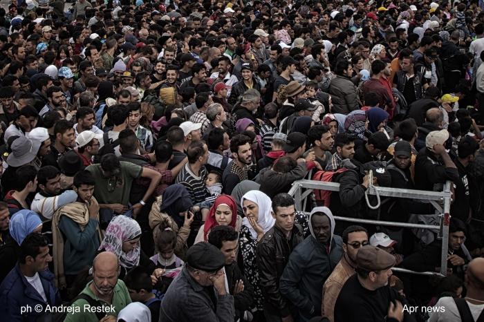 ph © Andreja Restek, refugee, Serbia, Hungary border