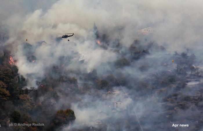 Susa, ph © Andreja Restek, incendio