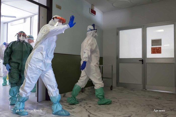 Andreja Restek / Apr news / photojournalit; coronavirus; Torino; Italia;Saluzzo